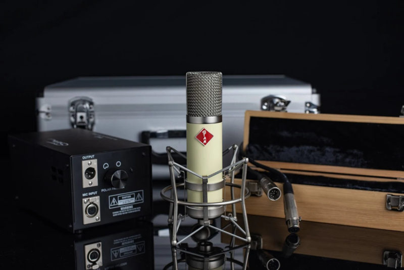 The Stam Audio SA-251 is the world's finest replica of the original Telefunken ELA M 251